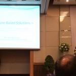 日本の事例発表を行なう堀江IUCN理事